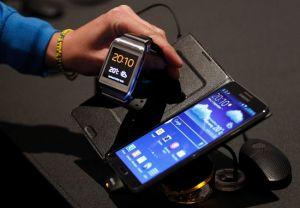 Tablets-vs-Smartwatch2