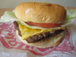 wendys-steakhouse-jr-cheeseburger-deluxe-01