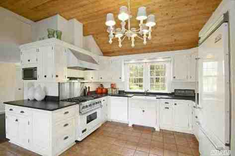 Anderson-Coopers-Westhampton-House-20-St-George-11