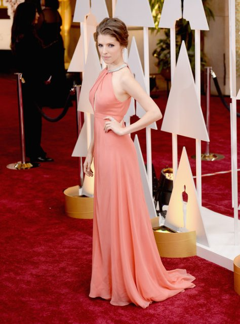 Anna Kendrick in a Thakoon