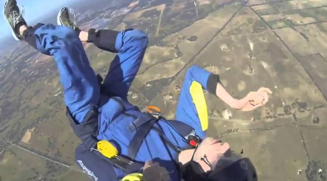 YouTube Review: Guy has Seizure while Skydiving