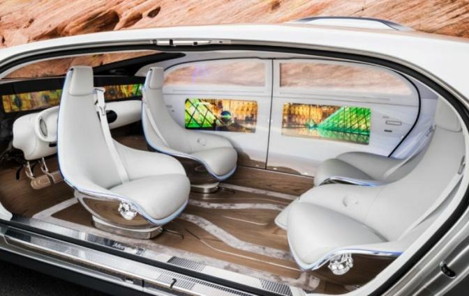Innovation Watch: Mercedes Benz F 015