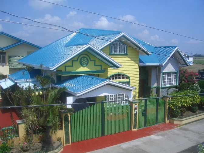 Real Estate: 2 Houses In A Compound For Sale