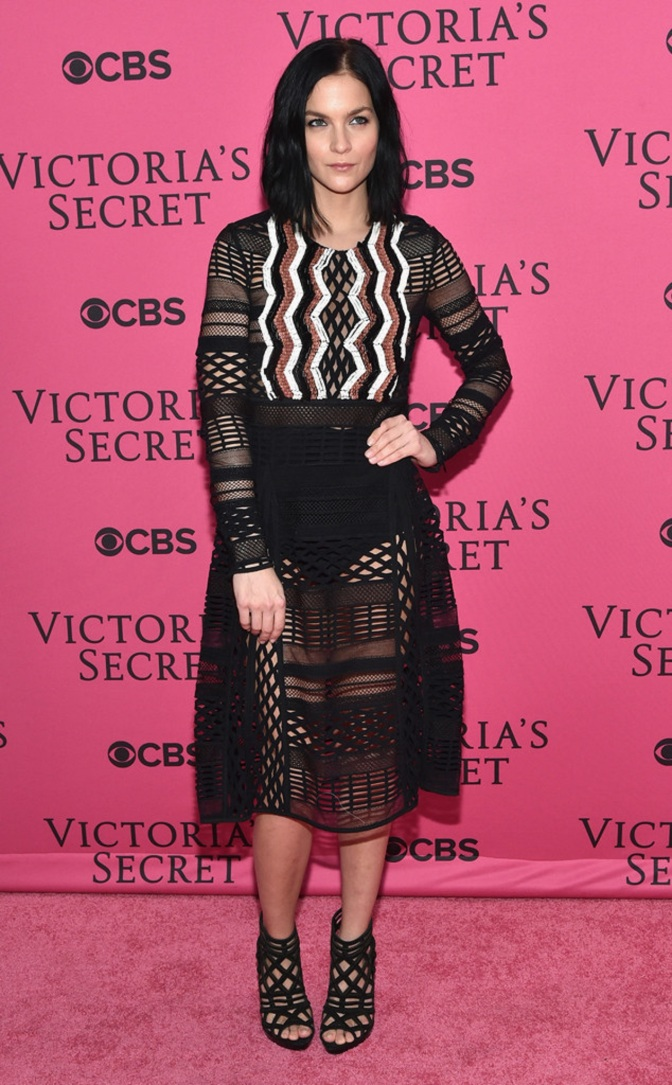 Fashion Watch: Stars' Arrival at the Victoria's Secret Fashion Show 2015