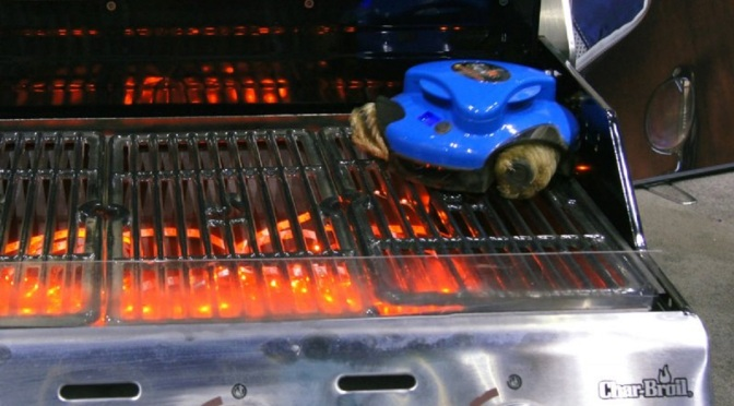 Gadget Review: Grillbot – The Grill-Cleaning Robot