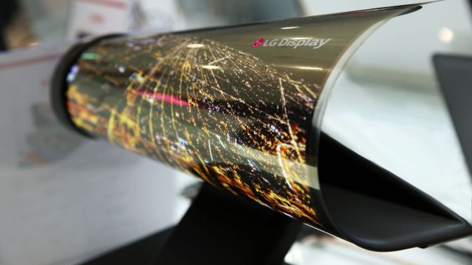 Gadget Review: LG's Rollable OLED TV