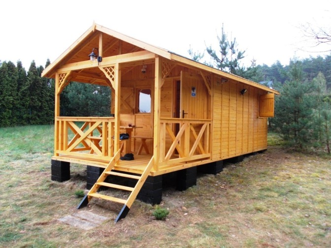 Consumer Video: Building a Wooden Cottage.. Yourself!