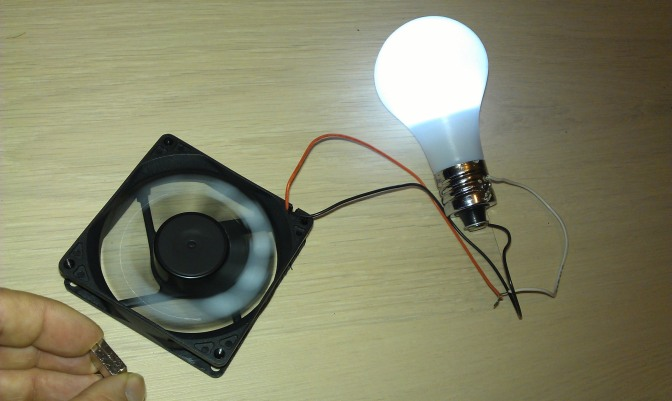 Consumer Videos: Free Energy to light up your Bulb
