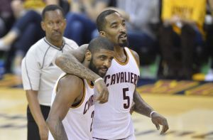 Irving and Smith (Photo: David Richard-USA TODAY Sports)