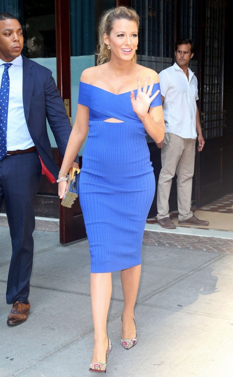 0621e rs_634x1024-160620163115-634.Blake-Lively-Pregnant-NYC.ms.062016