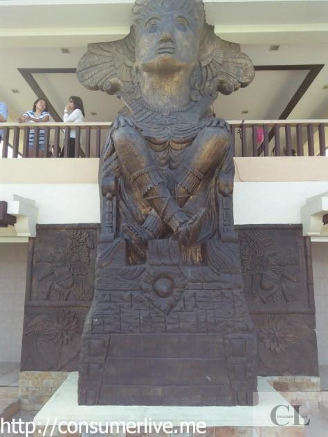 a statue 2