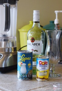 100816-classic-pina-colada-ingredients-cookingwithcurls-com_